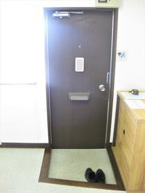 浅見ハイツ 101号室の玄関