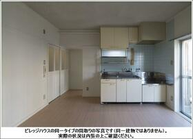 ビレッジハウス雨ヶ谷2号棟 0405号室のキッチン