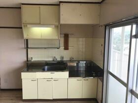 ビレッジハウス森1号棟 0503号室のキッチン