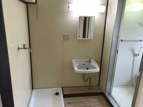 ビレッジハウス森1号棟 0503号室の洗面所