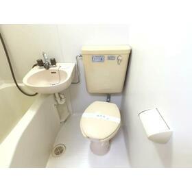 プランドール西川田 旧カーサー西川田 201号室のトイレ