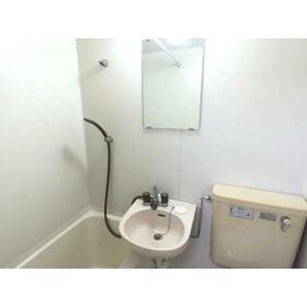 プランドール西川田 旧カーサー西川田 201号室の洗面所