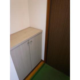 ハイツ木藤 201号室の玄関