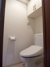 グランフォース西新井アヴェニール 902号室のトイレ