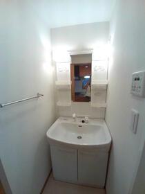 グランコア21 603号室の洗面所
