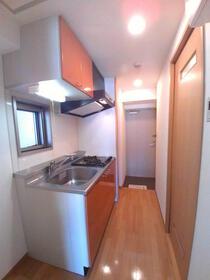 グランコア21 603号室のキッチン