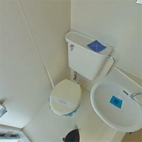 カーサわたなべ 101号室のトイレ