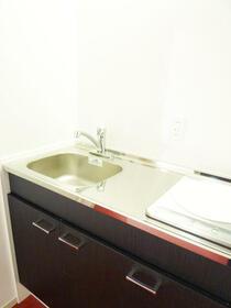ハイツ共栄 103 103号室のキッチン