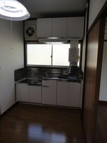 泉ハイツ 201号室のキッチン