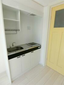 ハーミットクラブハウス大船IIIB棟(仮) 103号室のキッチン