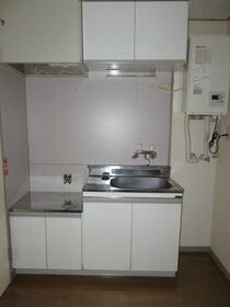 旭横浜ビル 304号室のキッチン