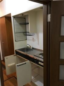 ヒルトップ内村 103号室のキッチン