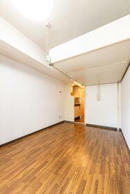 ラ・レジダンス・ド・ポローニア 0201号室の風呂