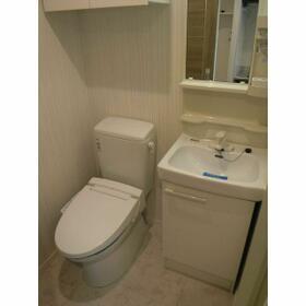 ルクレ西新宿(旧PARK SQUARE西新宿) 0504号室のトイレ