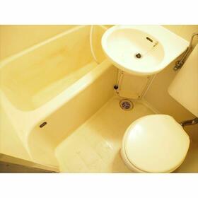 田島ガーデンハイツ 203号室のトイレ