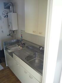 エステート・ピア・ビエント 105号室のキッチン
