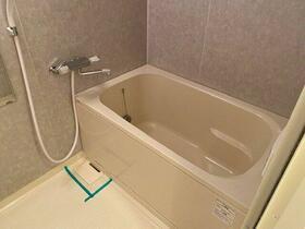 ガーデン代々木八幡 104号室の風呂