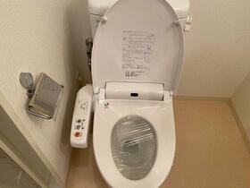 ガーデン代々木八幡 104号室のトイレ