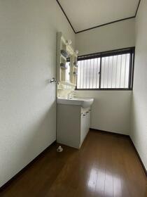 東大泉パークハイツ 101号室の洗面所