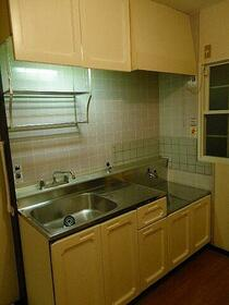 ドアーズフォー 101号室のキッチン