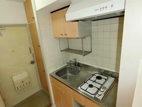 モナークマンション代々木上原 0105号室のキッチン