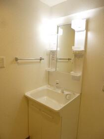 クォーレMM 303号室の洗面所
