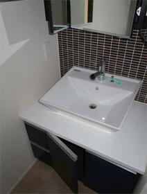 アージョ世田谷東松原 405号室の洗面所