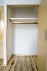 グランヴァン中野江古田 103号室の収納