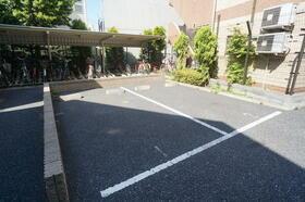 グランヴァン中野江古田 103号室の駐車場