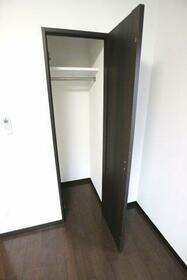 ル・リオン練馬富士見台 302号室の収納