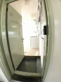 コーポ富士 301号室の玄関