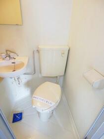 コーポ富士 301号室のトイレ