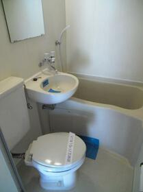 メゾン・ド・アドミレ 0202号室の風呂