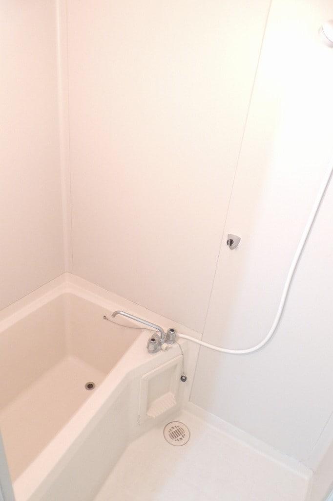 エルディム藤村B 01020号室の風呂