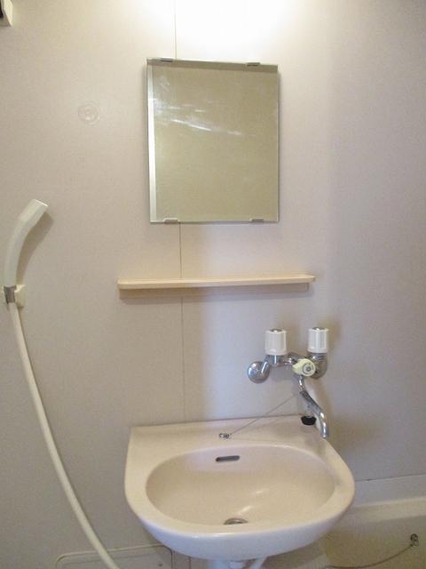 メゾンパストラルB 02010号室の洗面所