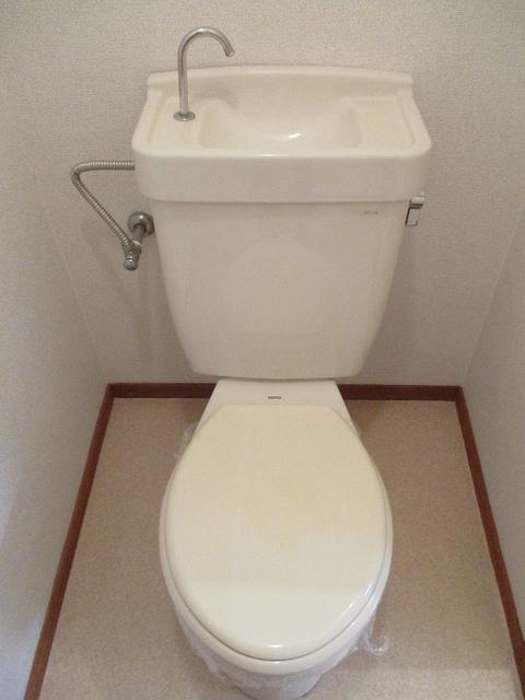 メゾンパストラルB 02010号室のトイレ