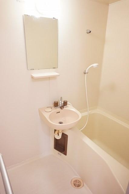 ハイム・トシ 01040号室の風呂