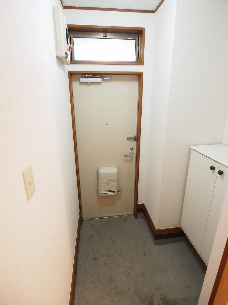 シティハイツ板橋Ⅲ 01010号室の玄関