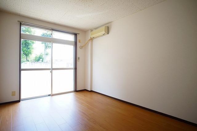 エルディム川島A 01030号室のキッチン