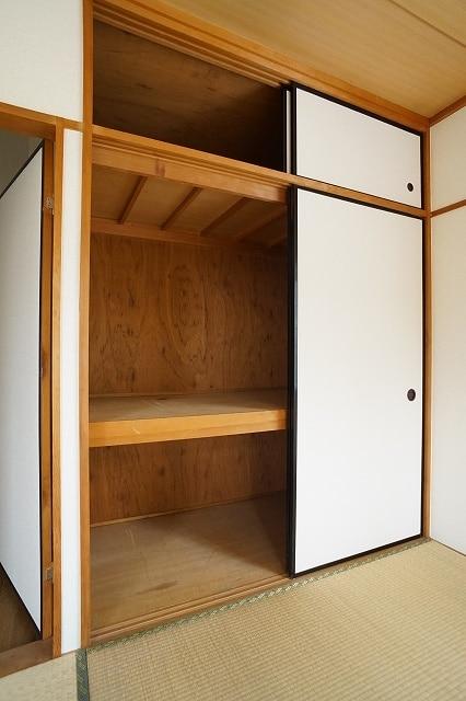 エルディム川島A 02010号室の収納