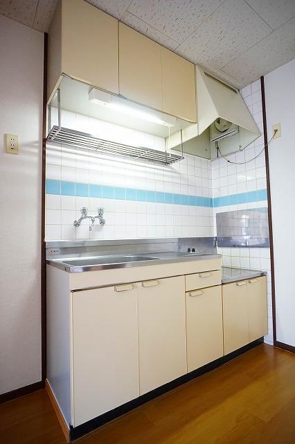 エルディム川島B 02020号室の洗面所