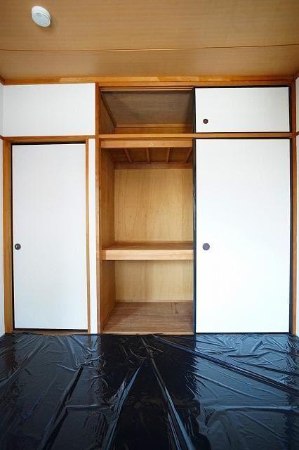 エルディム川島B 02020号室の収納