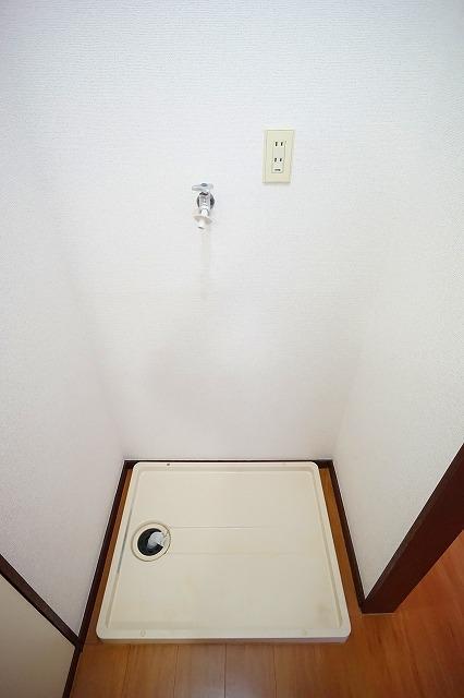 エルディム川島B 02020号室のバルコニー