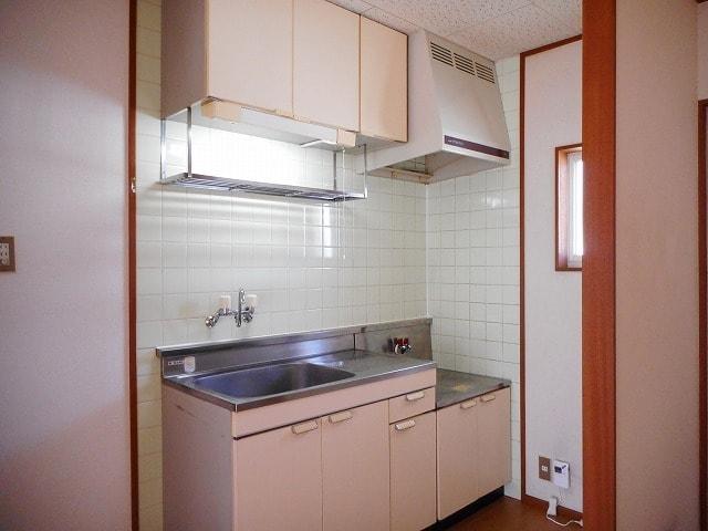 グリーンガーデン 02020号室のキッチン