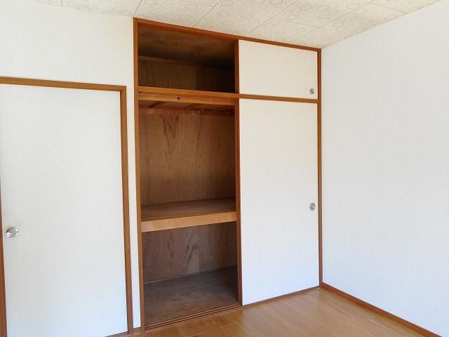 グリーンガーデン 02020号室の収納