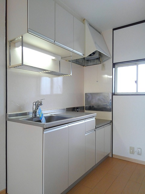 エルディムティンクル 206号室のキッチン