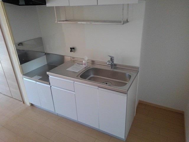 シャトー志水 302号室のキッチン