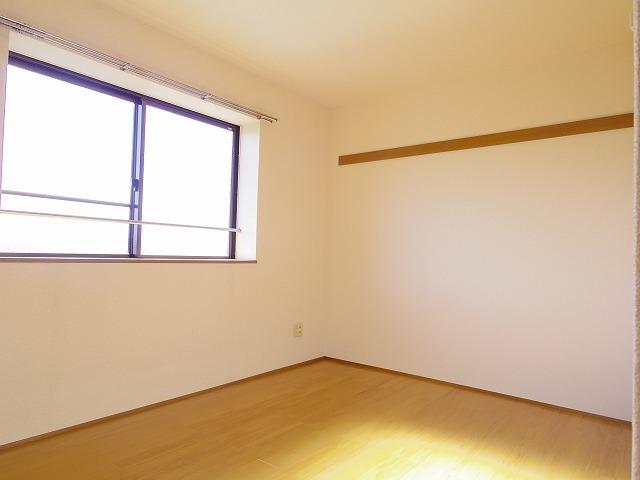 アロンディール平澤 02010号室のリビング