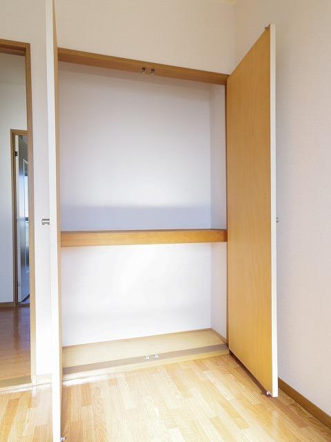アロンディール平澤 02010号室の収納