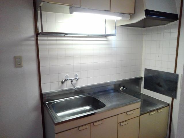 タムラハイツ 01050号室のキッチン